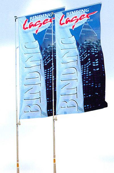 drapeau publicitaire - bannières sur mât avec potence